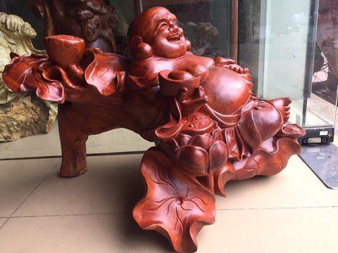 Tượng Di Lạc ngồi gỗ hương đỏ 3