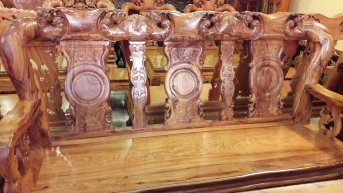 Bộ bàn ghế phòng khách gỗ cẩm lai tay 12